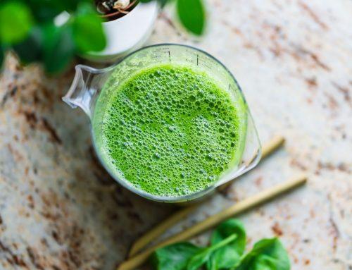 Alkalinizing Green Smoothie